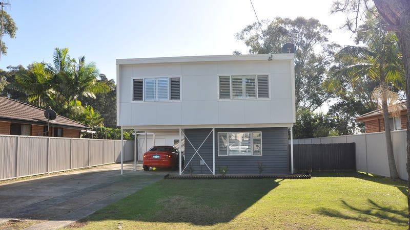 17 Albatross Road, Berkeley Vale, NSW 2261