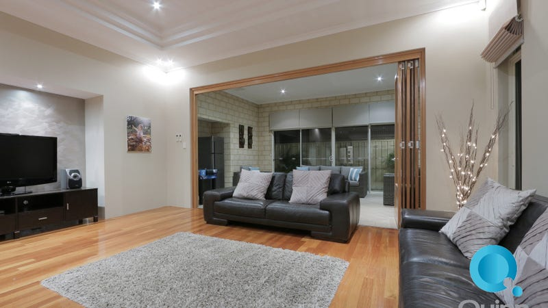 6 Tipperary Bend, Canning Vale, WA 6155