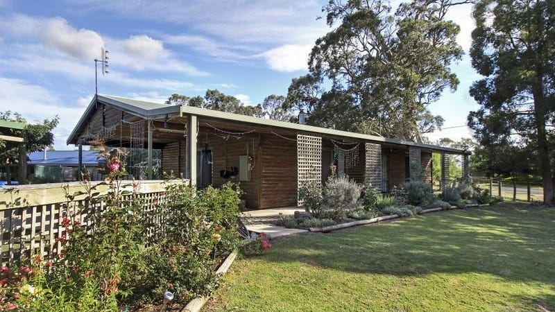 49 Landy Street, Briagolong, Vic 3860