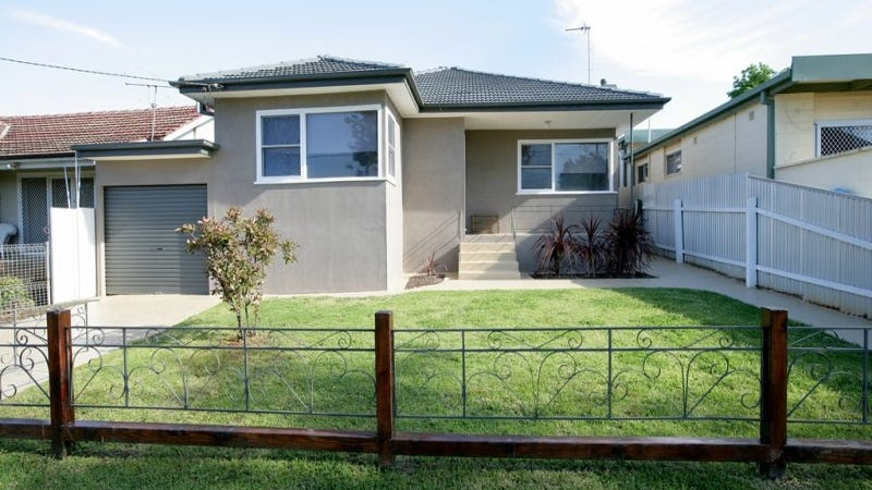16 Heydon Avenue, Turvey Park, NSW 2650