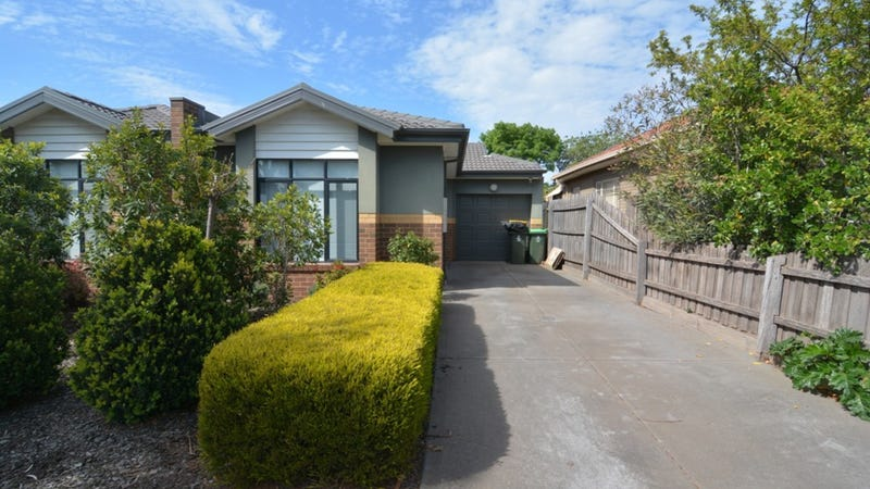 13A Eames Avenue, Brooklyn, Vic 3012