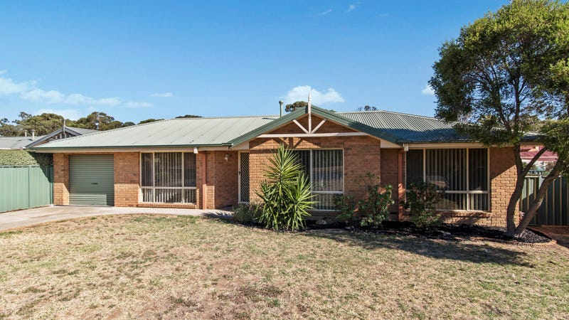 36 Hope Street, Kangaroo Flat, Vic 3555
