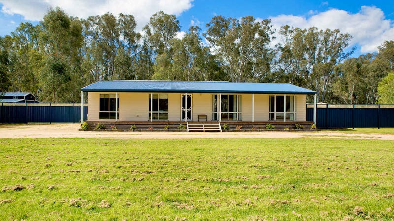 1942 Murray Valley Highway, Boosey, Vic 3730