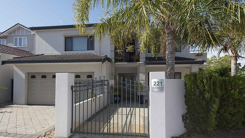 221 Coode Street, Como, WA 6152