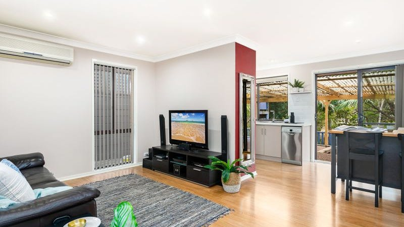 6 Telopea Place, Cordeaux Heights, NSW 2526