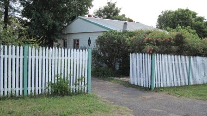 4 Racecourse Road, Cessnock, NSW 2325