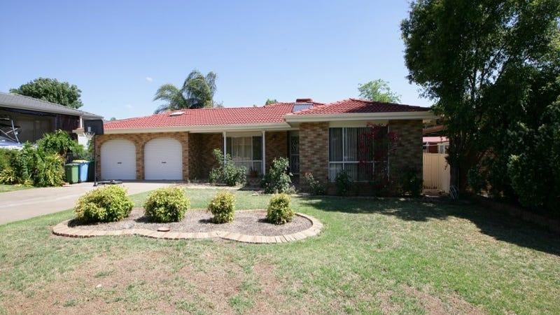 5 Overdale Drive, Bourkelands, NSW 2650