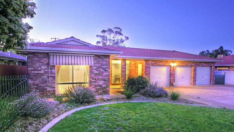 30 Overdale Drive, Bourkelands, NSW 2650