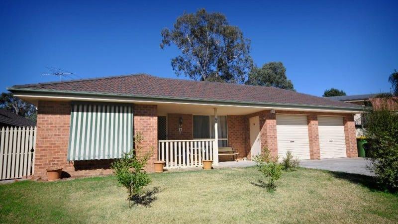 17 Wattle Way, West Albury, NSW 2640
