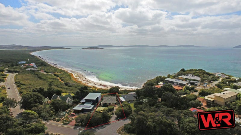 1 St Georges Cres, Goode Beach, WA 6330