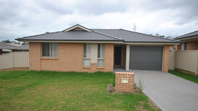 8A Candlebark Close, West Nowra, NSW 2541