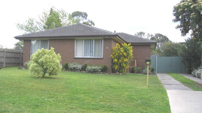 23 Beaconsfield Avenue, Beaconsfield, Vic 3807
