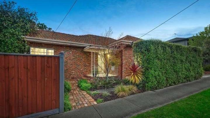 8 Edinburgh Street, Box Hill South, Vic 3128