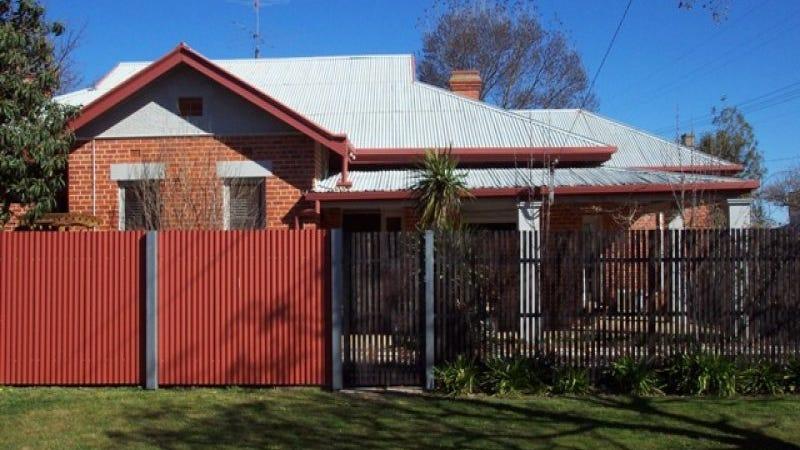 98 Commercial Street, Walla Walla, NSW 2659