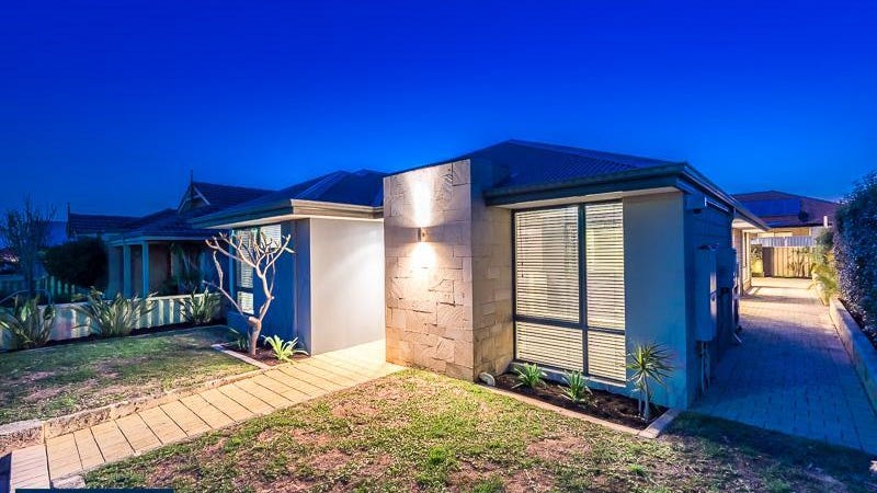 17 Fairbourne Approach, Butler, WA 6036