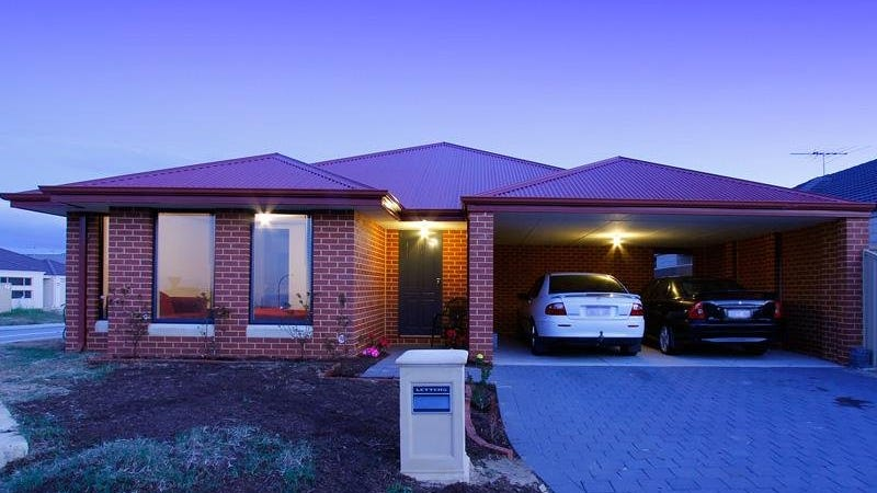 214 Fraser Road N, Canning Vale, WA 6155