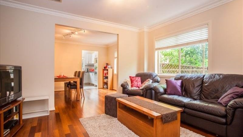 2B Wolfe Road, East Ryde, NSW 2113