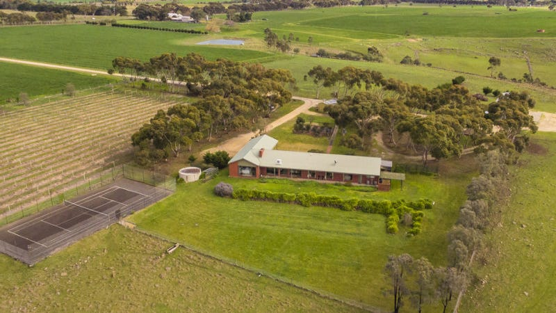 2530 Midland Highway, Bannockburn, Vic 3331