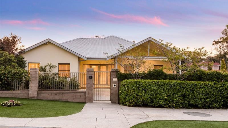 127 Marine Terrace, Sorrento, WA 6020