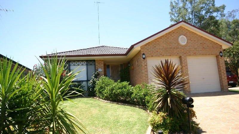 15 Gunara Terrace, Glenmore Park, NSW 2745