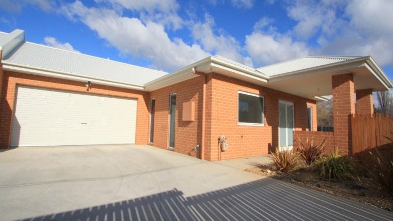 2/5 Hawkins Street, Cooma, NSW 2630