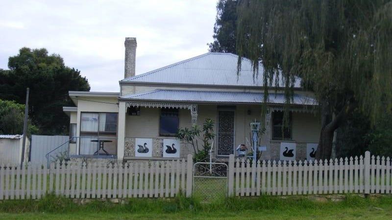 7 Lower Sterne Street, Goulburn, NSW 2580