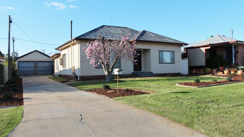 3 Almoola Street, Griffith, NSW 2680