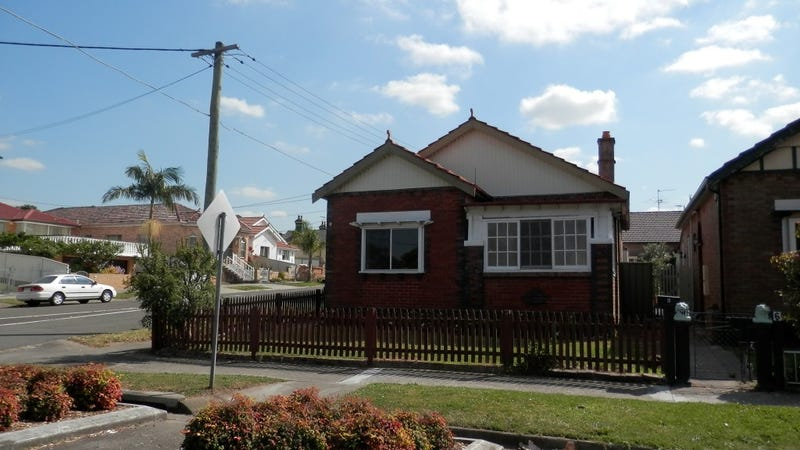 8 Durham Street, Carlton, NSW 2218