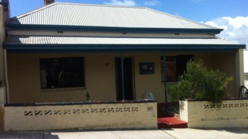 18 Wesley Street, South Fremantle, WA 6162