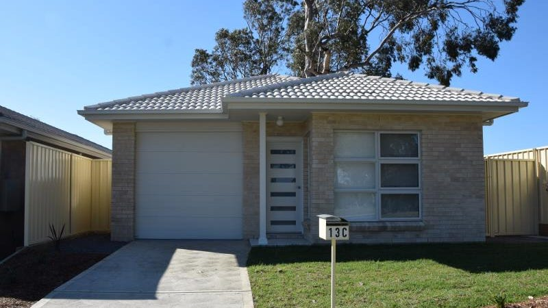 13C Wilton Drive, East Maitland, NSW 2323