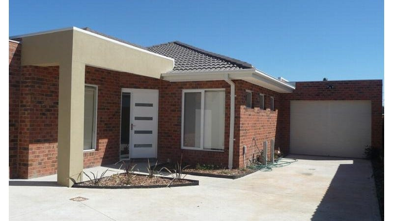 2/7 Rosewall Street, Sunshine North, Vic 3020