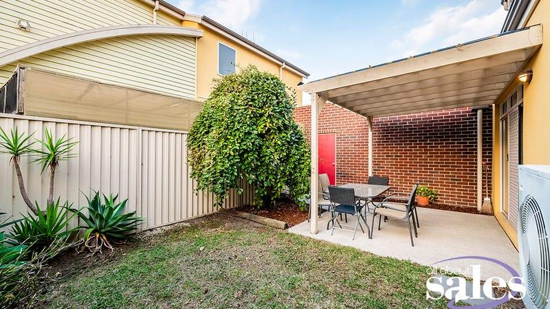 23 Flinders Chase, Pakenham, Vic 3810