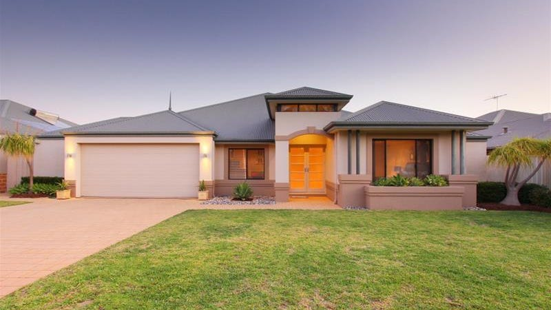 34 Roxburghe Drive, The Vines, WA 6069