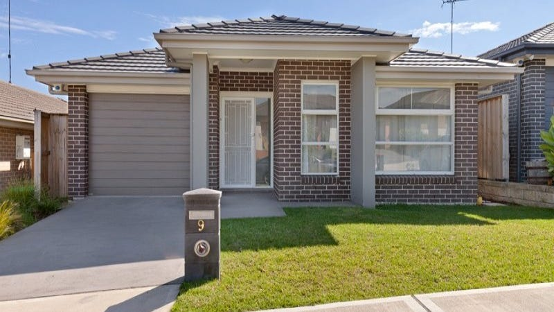 9 Sunrise Terrace, Glenmore Park, NSW 2745