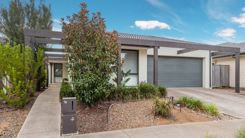 10 Harwood Court, Burnside Heights, Vic 3023