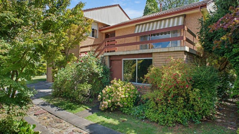 1 Toulon Avenue, Wentworth Falls, NSW 2782