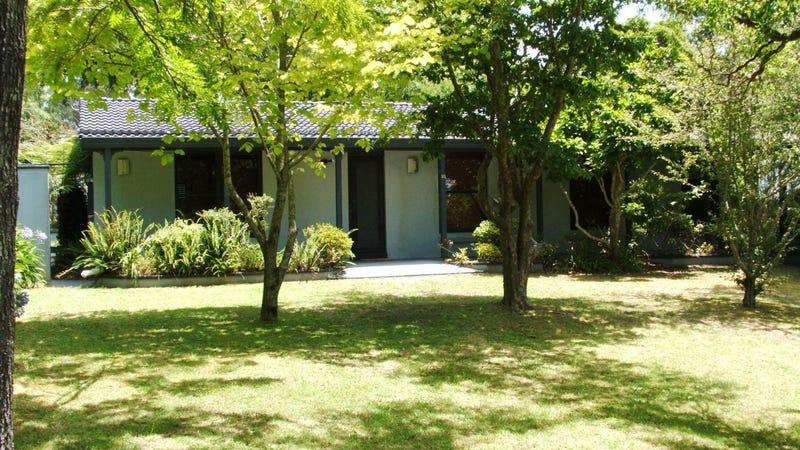 33 Murphys Lane, Wentworth Falls, NSW 2782