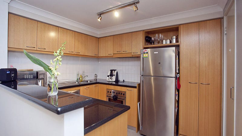 42/128 Mounts Bay Road, Perth, WA 6000