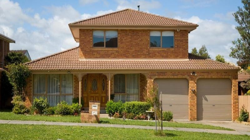 4 Granton Avenue, Endeavour Hills, Vic 3802