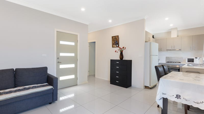 15 Aminta Cres, Hassall Grove, NSW 2761