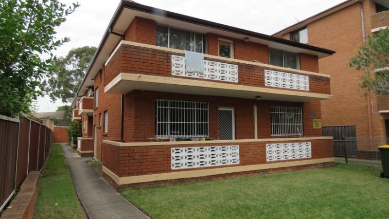 2/116 Wattle Avenue, Carramar, NSW 2163