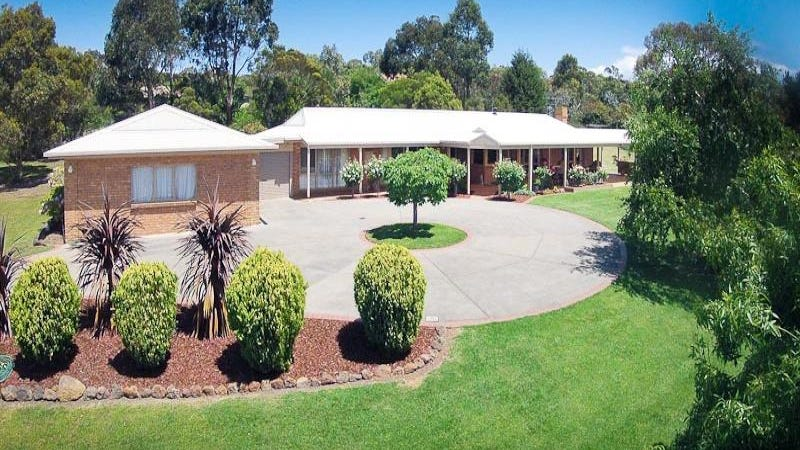 3 Jonathan Road, Gisborne, Vic 3437