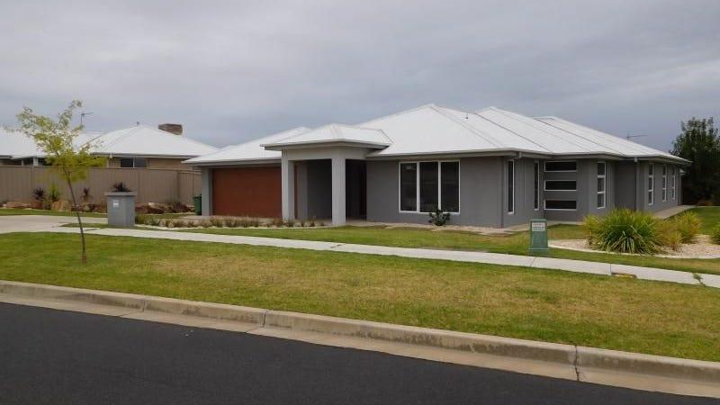 78 Messenger Avenue, Boorooma, NSW 2650