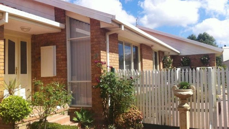 11 Affleck Way, Rowville, Vic 3178