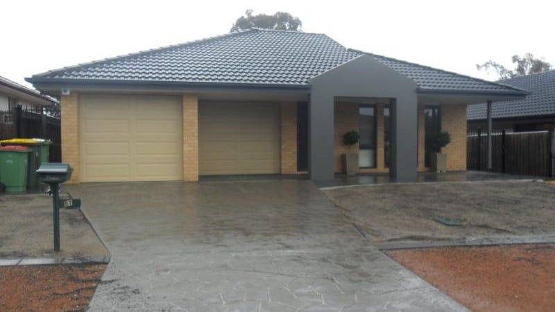 51 Bluestone Gardens, Jerrabomberra, NSW 2619