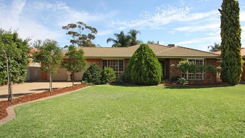 26 Overdale Drive, Bourkelands, NSW 2650