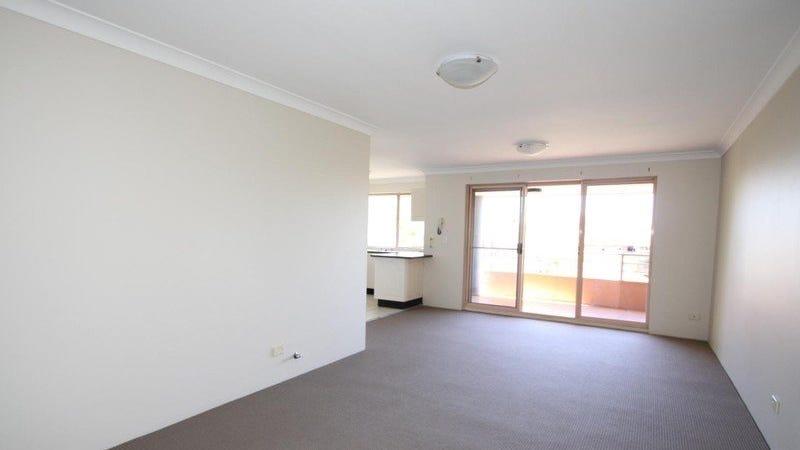 4/1-3 Belgian Street, Westmead, NSW 2145