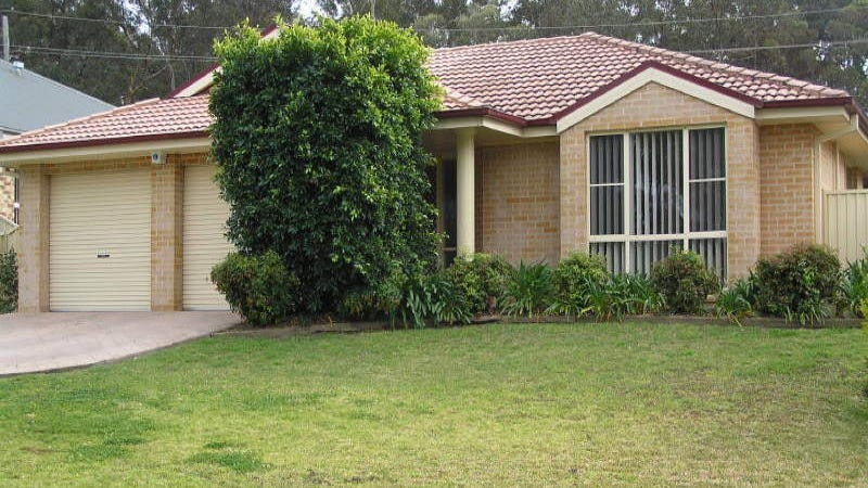 15 Olympic Drive, West Nowra, NSW 2541