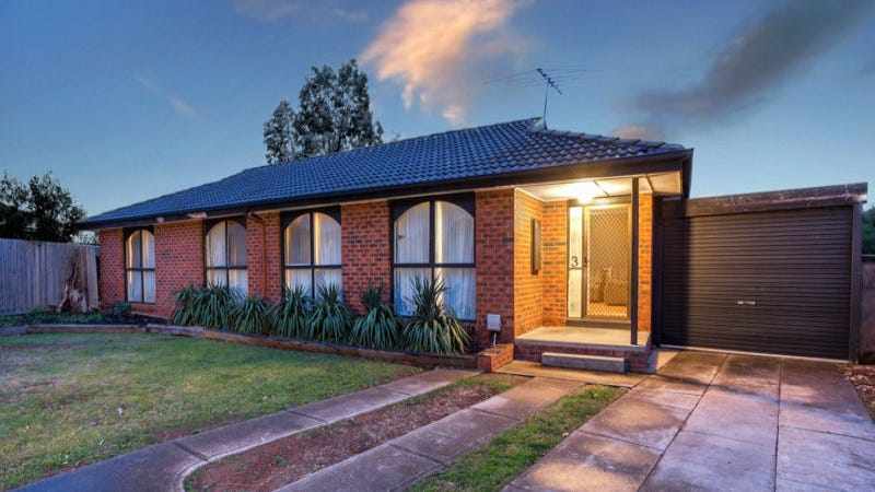 3 Peter Place, Melton West, Vic 3337