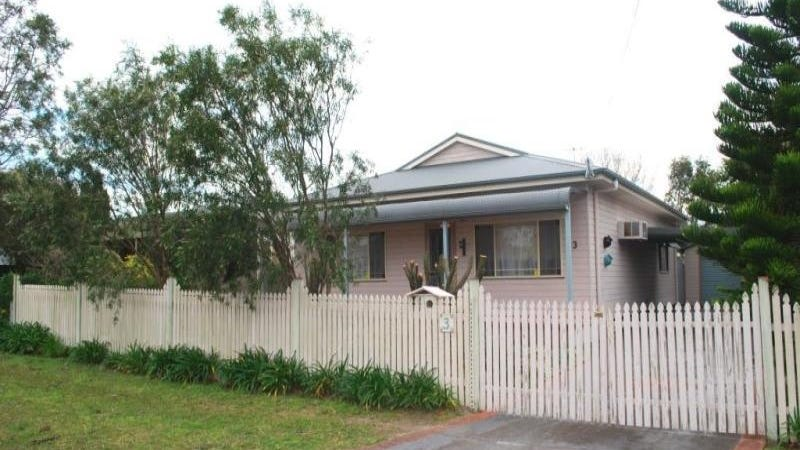 3 Clucas Avenue, Gorokan, NSW 2263